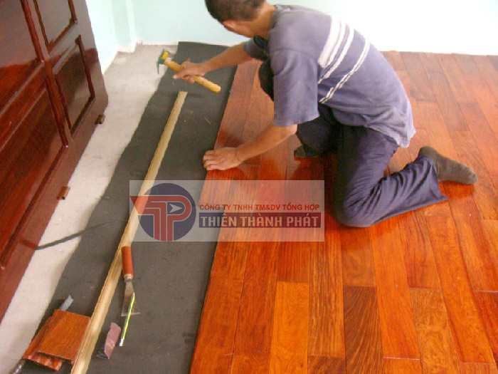 Hướng dẫn cách tháo sàn gỗ công nghiệp khi chuyển nhà