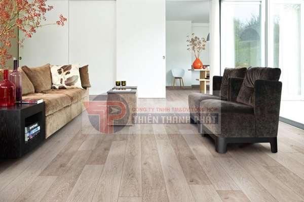 Có nên làm sàn gỗ công nghiệp hay không?