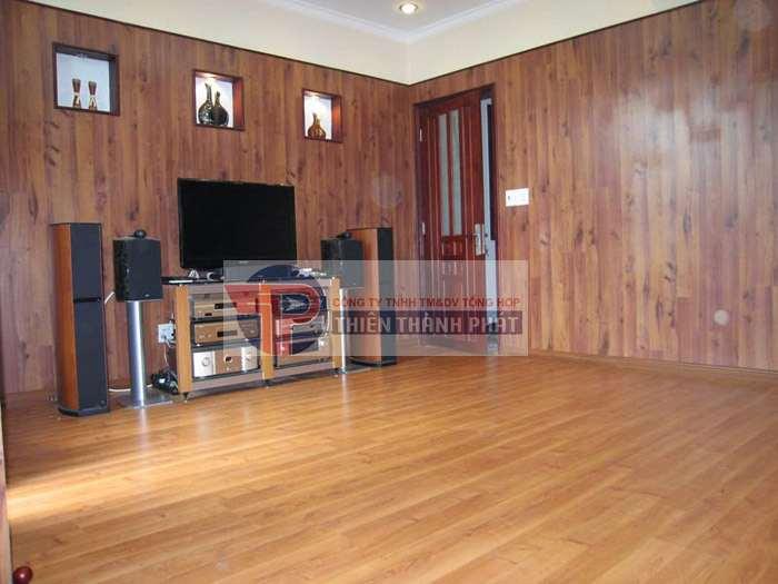 Sàn gỗ công nghiệp dùng để ốp tường có khả năng chịu nước tốt