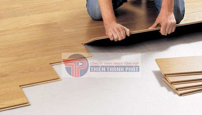 Lắp đặt sàn gỗ công nghiệp đúng kỹ thuật, an toàn