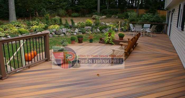Sàn gỗ công nghiệp hiện nay là một trong những loại vật liệu trang trí ngoại thất hàng đầu được nhiều khách hàng yêu thích sử dụng