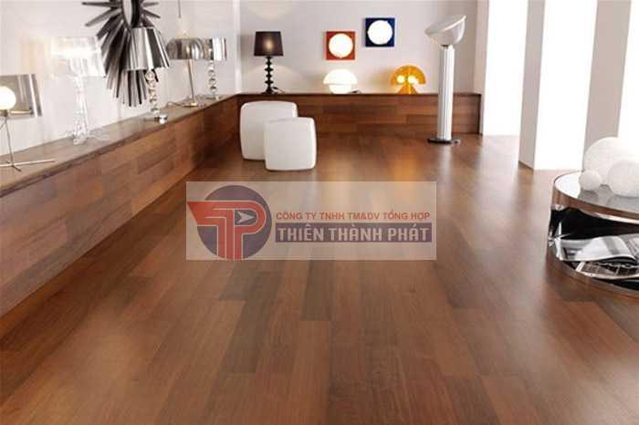 Sàn gỗ công nghiệp có mức giá phải chăng với nhiều thương hiệu
