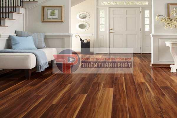 Sàn gỗ công nghiệp có thể chịu lực tốt và ít độc hại, thân thiện với môi trường, an toàn với sức khỏe