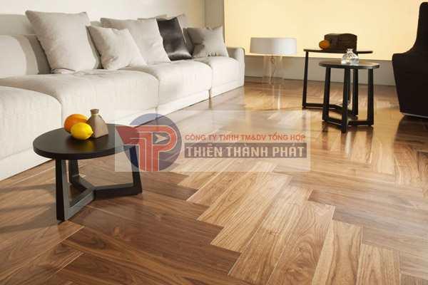 Sàn gỗ công nghiệp hiện nay có độ dày tiêu chuẩn là: 8mm, 10mm và 12mm