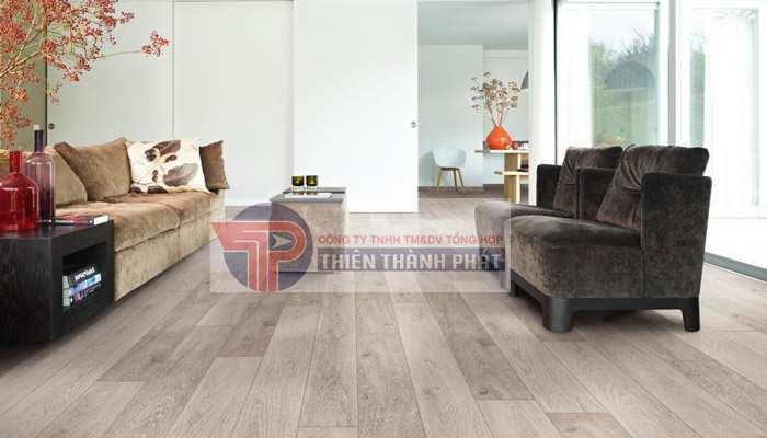 Sàn gỗ công nghiệp chịu nước được sản xuất từ bột gỗ có sử dụng keo chịu nước