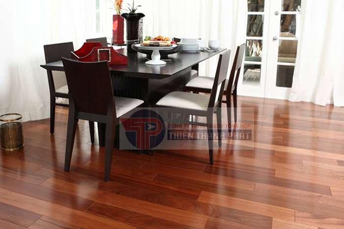 Sàn gỗ công nghiệp có giá thành rẻ hơn rất nhiều