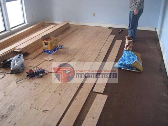 Ván sàn gỗ công nghiệp bị ngập nước