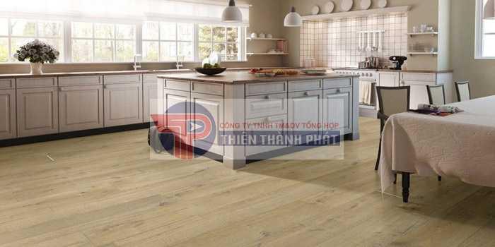 Nên lựa chọn các mẫu sàn gỗ công nghiệp có gam màu tự nhiên, trung tính