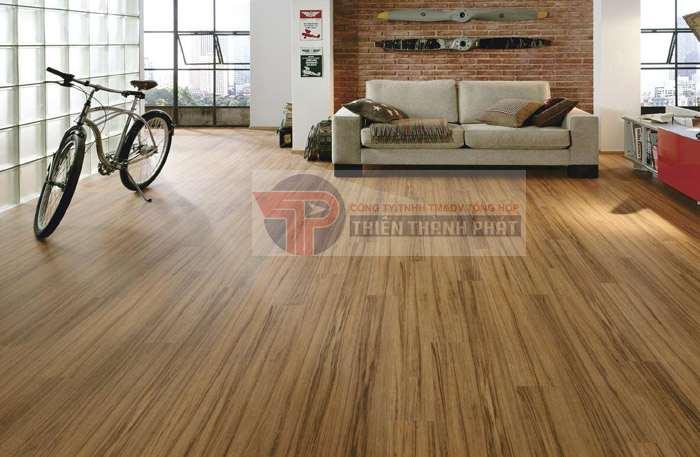 Tùy từng trường hợp và mục đich sử dụng để lựa chọn lắp đặt sàn gỗ công nghiệp vân sần hay vân bóng