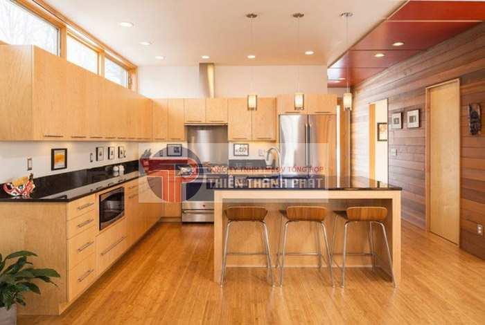 Có nên sử dụng sàn gỗ công nghiệp cho phòng bếp?