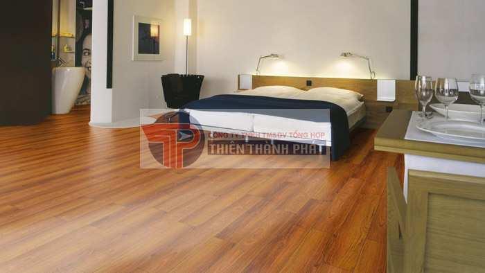 Chất lượng ván sàn gỗ công nghiệp cũng là một trong những nguyên nhân gây ra tình trạng nấm mốc xuất hiện trên sàn nhà