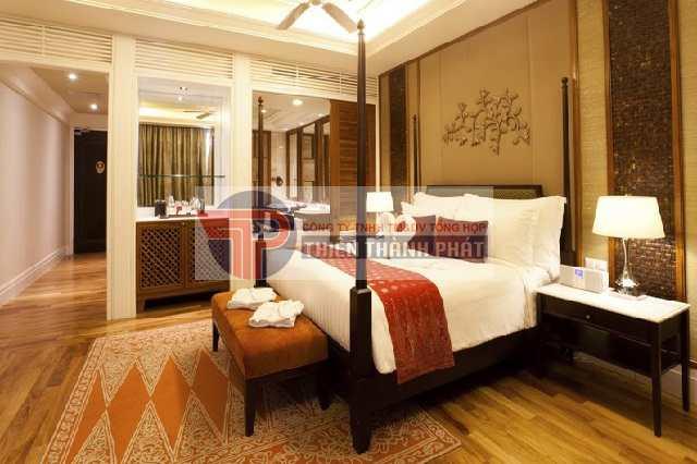 Làm vách thạch cao phòng ngủ phong cách cổ điển