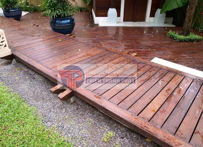 Sàn gỗ Conwood có khả năng chịu nắng, chịu mưa rất tốt